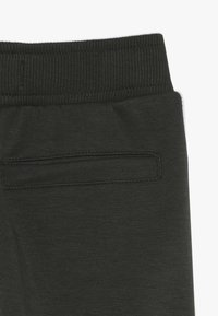 Name it - NMMKOVER PANT - Pantalones deportivos - forest night - 3