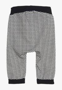 Name it - NBMOSVALD PANT - Teplákové kalhoty - snow white - 1