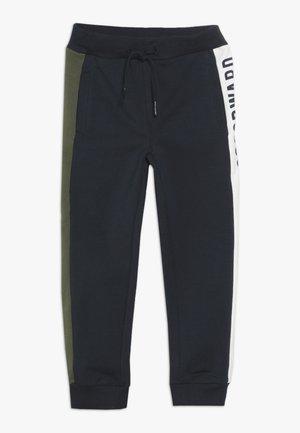 NMMSIVA PANT - Teplákové kalhoty - dark sapphire