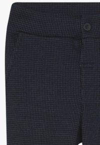 Name it - NKMSAFISK PANT - Teplákové kalhoty - dark sapphire/black - 3