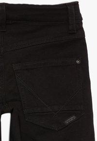 Name it - NKMSOFUS  - Szorty jeansowe - black denim - 3