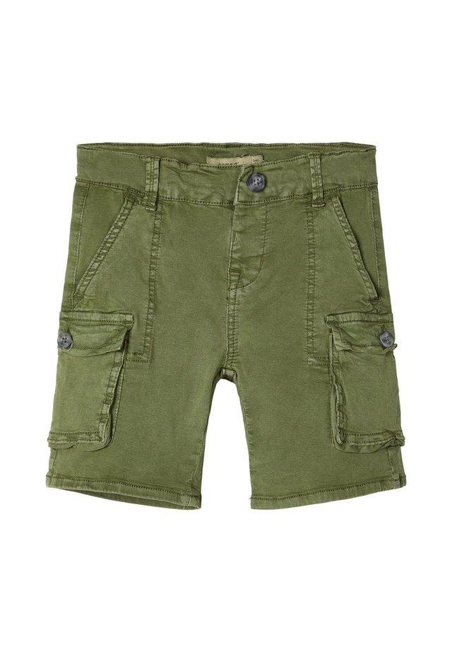 BAGGY - Shortsit - loden green