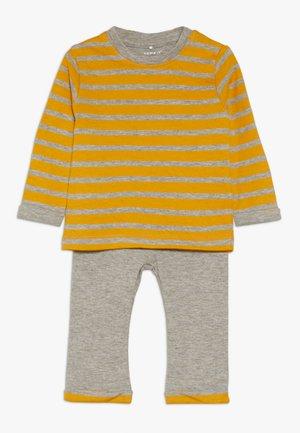 NBMNORH SET - Leggings - Hosen - golden orange