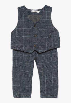 NBMREIN PANT SET - Waistcoat - dusk blue
