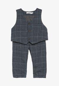 Name it - NBMREIN PANT SET - Waistcoat - dusk blue - 4