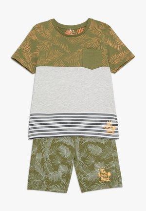 NMMJAZZOKI SHORTS SET - Shorts - loden green