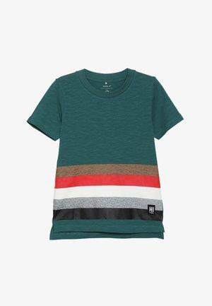 NKMLYN - T-shirt imprimé - bayberry