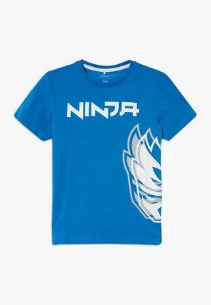 NKMNINJA RAMSES  - T-shirt print - strong blue