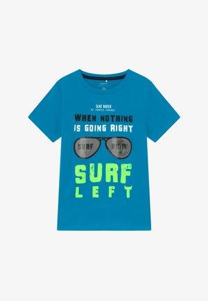 NKMZENRIK  - Print T-shirt - hawaiian ocean