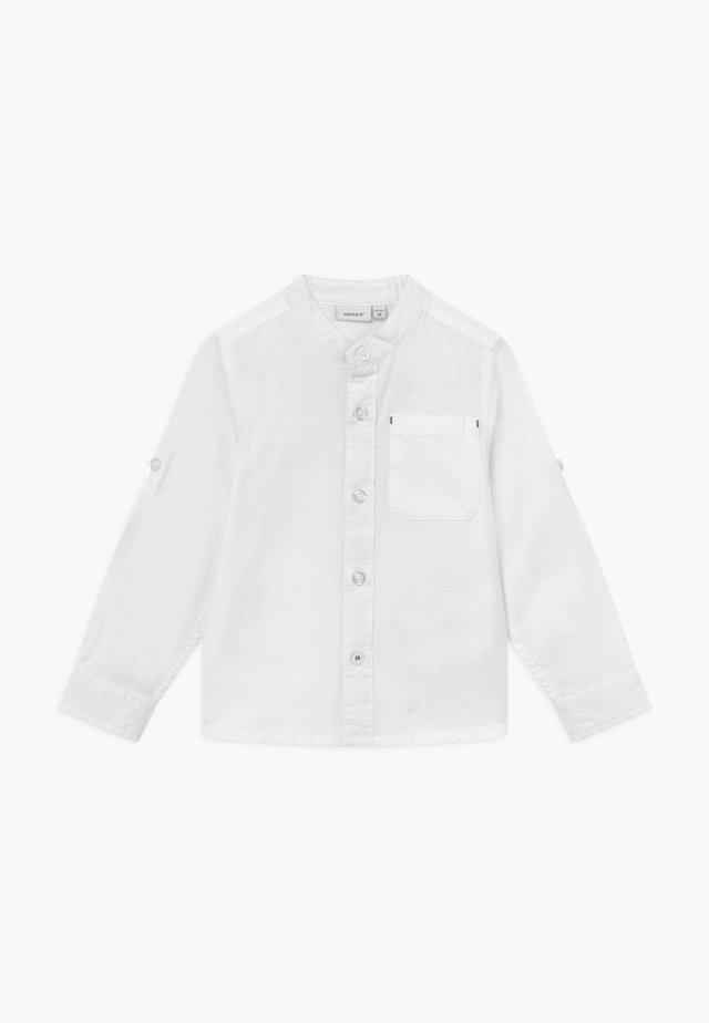 NMMFISH LS SHIRT BOX - Vapaa-ajan kauluspaita - bright white