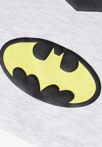 Name it - NMMSUPERHERO STEN - Print T-shirt - light grey melange - 2