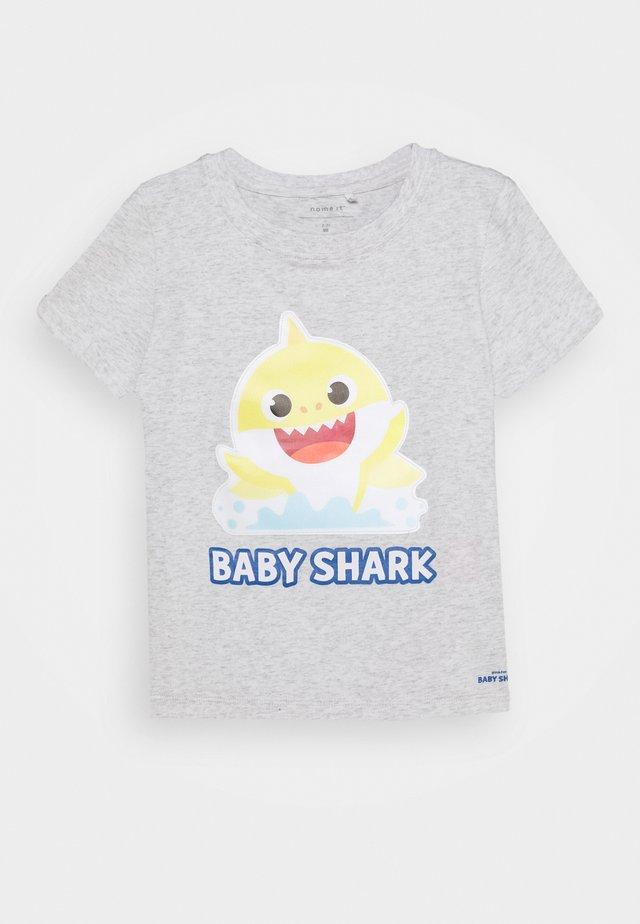 NMMBABYSHARK ESPEN - T-shirt print - light grey melange