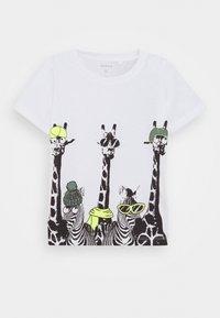 Name it - NMMJACHOB CAMP 2 Pack - Print T-shirt - bright white/green - 1