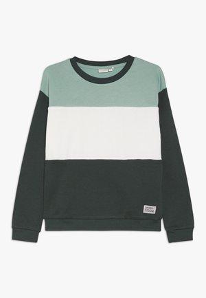 NKMVANCE  - Sweater - feldspar
