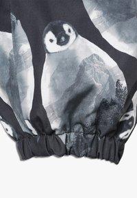 Name it - NMMSNOW08 SUIT PENGUIN - Mono para la nieve - black - 5