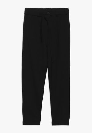 NKFNISHA ANCLE PANT - Kalhoty - black