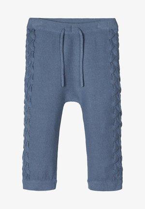 STRICKHOSE LOCHMUSTER BAUMWOLL - Broek - china blue