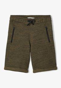 Name it - SWEATSHORTS LANGE - Shorts - ivy green - 1