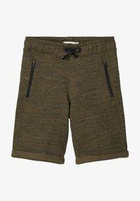 Name it - SWEATSHORTS LANGE - Shorts - ivy green - 0