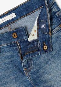 Name it - SLIM FIT - Jeansshort - medium blue denim - 3