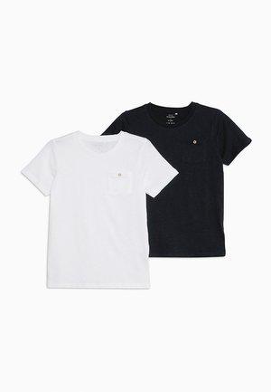 NKMVEBBE 2 PACK - Camiseta estampada - bright white