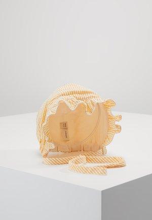 NBFDALONE HAT - Čepice - pale marigold