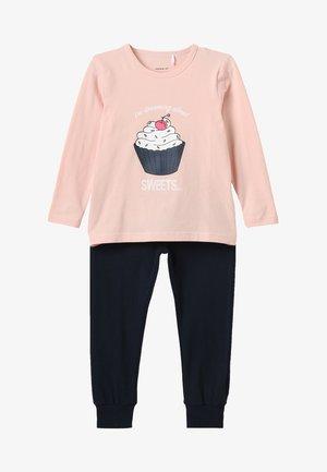 NMFNIGHT - Nachtwäsche Set - strawberry cream