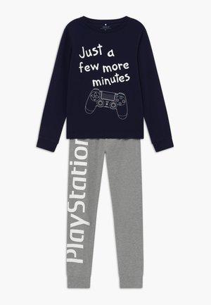 NKMPLAYSTATION HUGO SET - Pijama - dark sapphire