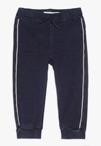 Name it - NBMROMEO DNMTRUE PANT - Trousers - dark blue denim - 0