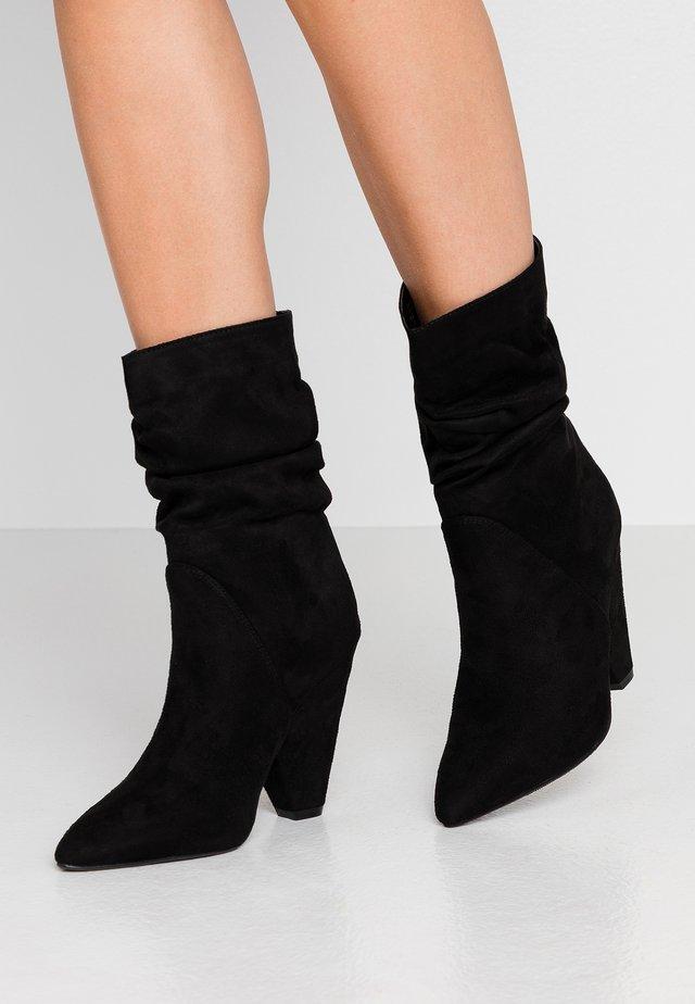 SLOUCHY CONE HEEL BOOT - High Heel Stiefelette - black