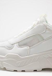 NA-KD - MIX CHUNKY TRAINERS - Zapatillas - white - 2