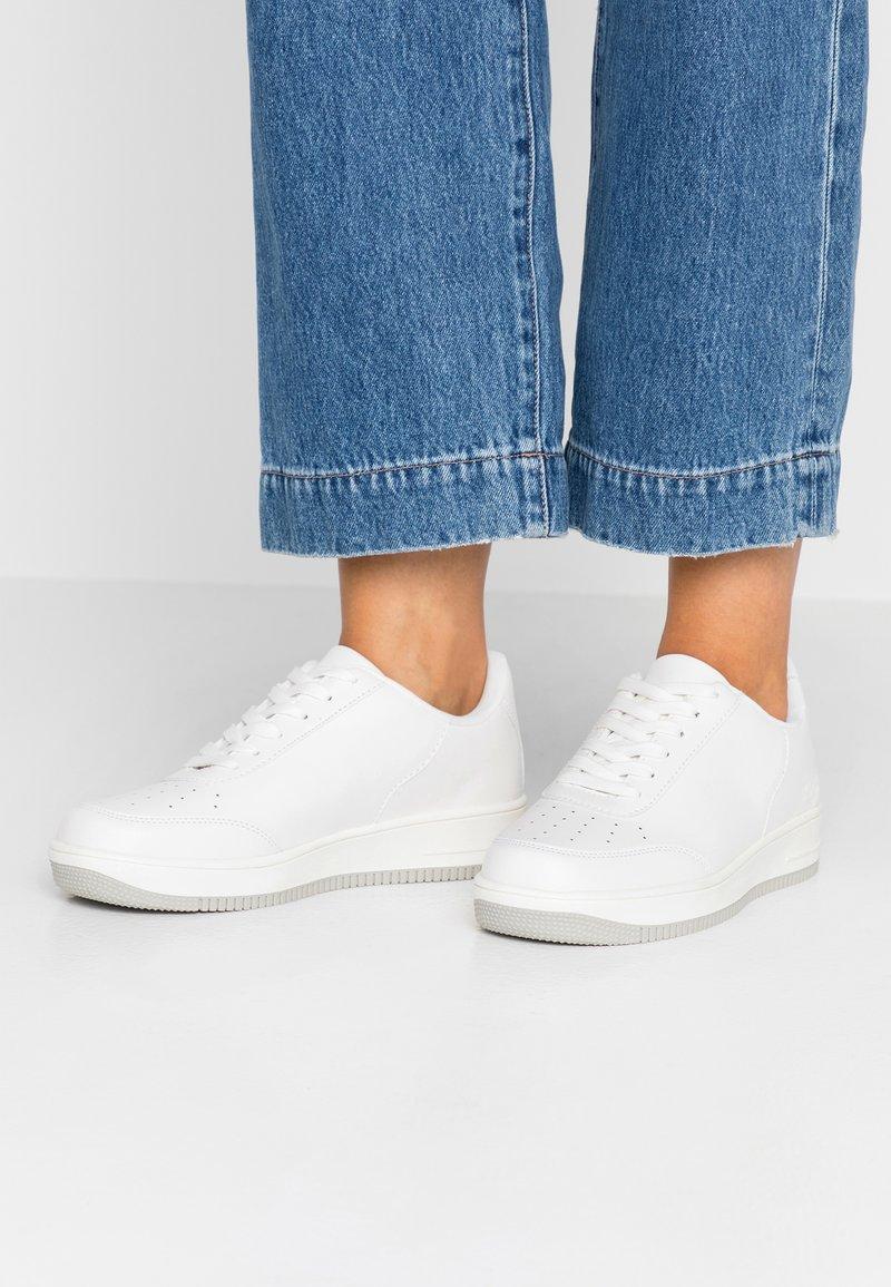 NA-KD - BASIC - Sneakers laag - white