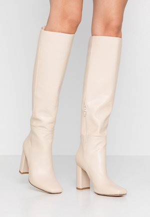 STRAIGHT SHAFT KNEE BOOTS - High heeled boots - nude