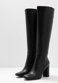 NA-KD - STRAIGHT SHAFT KNEE BOOTS - Laarzen met hoge hak - black - 4