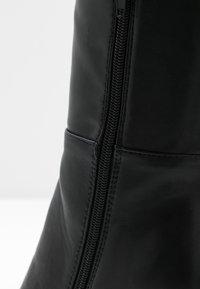 NA-KD - STRAIGHT SHAFT KNEE BOOTS - Laarzen met hoge hak - black - 2