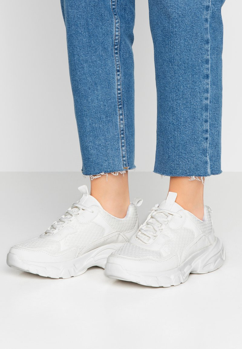 NA-KD - TRAINERS - Sneaker low - white