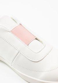 NA-KD - TRAINERS - Nazouvací boty - offwhite/pink - 2