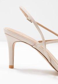 NA-KD - STRAPPY STILETTO - Højhælede sandaletter / Højhælede sandaler - nude - 2