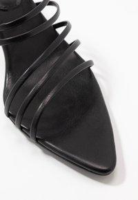 NA-KD - STRAPPY POINTY  - Pantofle na podpatku - black - 2