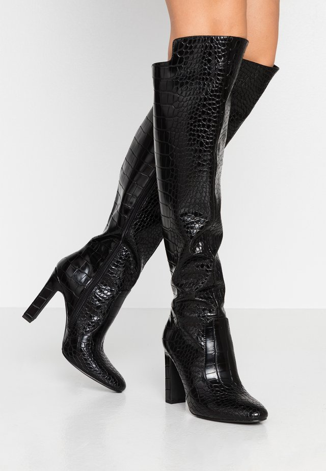 GLOSSY REPTILE BOOTS - High Heel Stiefel - black
