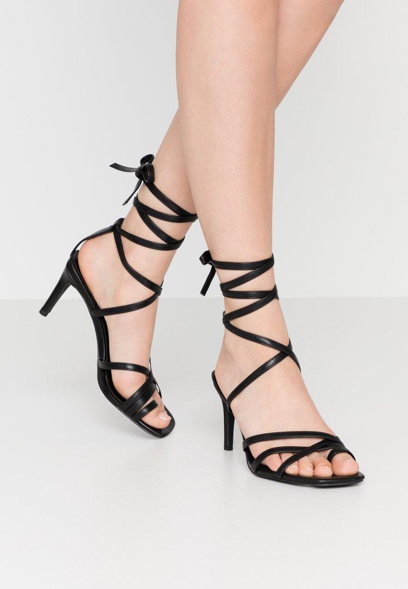 NA-KD - ANKLE STRAP STILETTO HEELS - Højhælede sandaletter / Højhælede sandaler - black