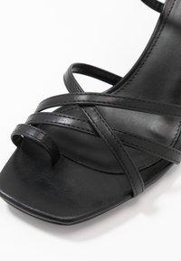 NA-KD - ANKLE STRAP STILETTO HEELS - Højhælede sandaletter / Højhælede sandaler - black - 2