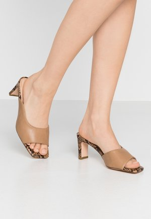TWO TONED MULES - Heeled mules - beige