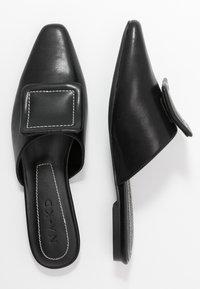 NA-KD - APPLICATION DETAILED - Pantofle - black - 3