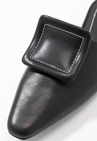 NA-KD - APPLICATION DETAILED - Pantofle - black - 2
