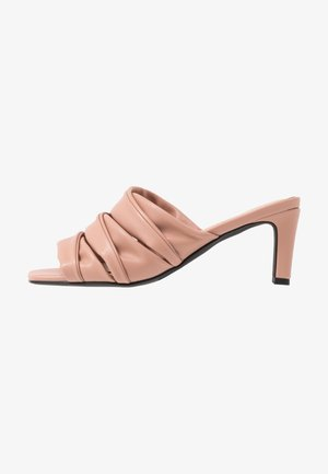 LAYERED UPPER - Sandalias - dusty pink