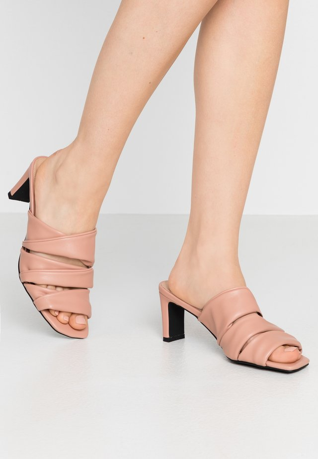LAYERED UPPER - Heeled mules - dusty pink