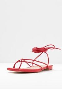 NA-KD - FLAT STRAP  - T-bar sandals - red - 4