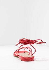 NA-KD - FLAT STRAP  - T-bar sandals - red - 5