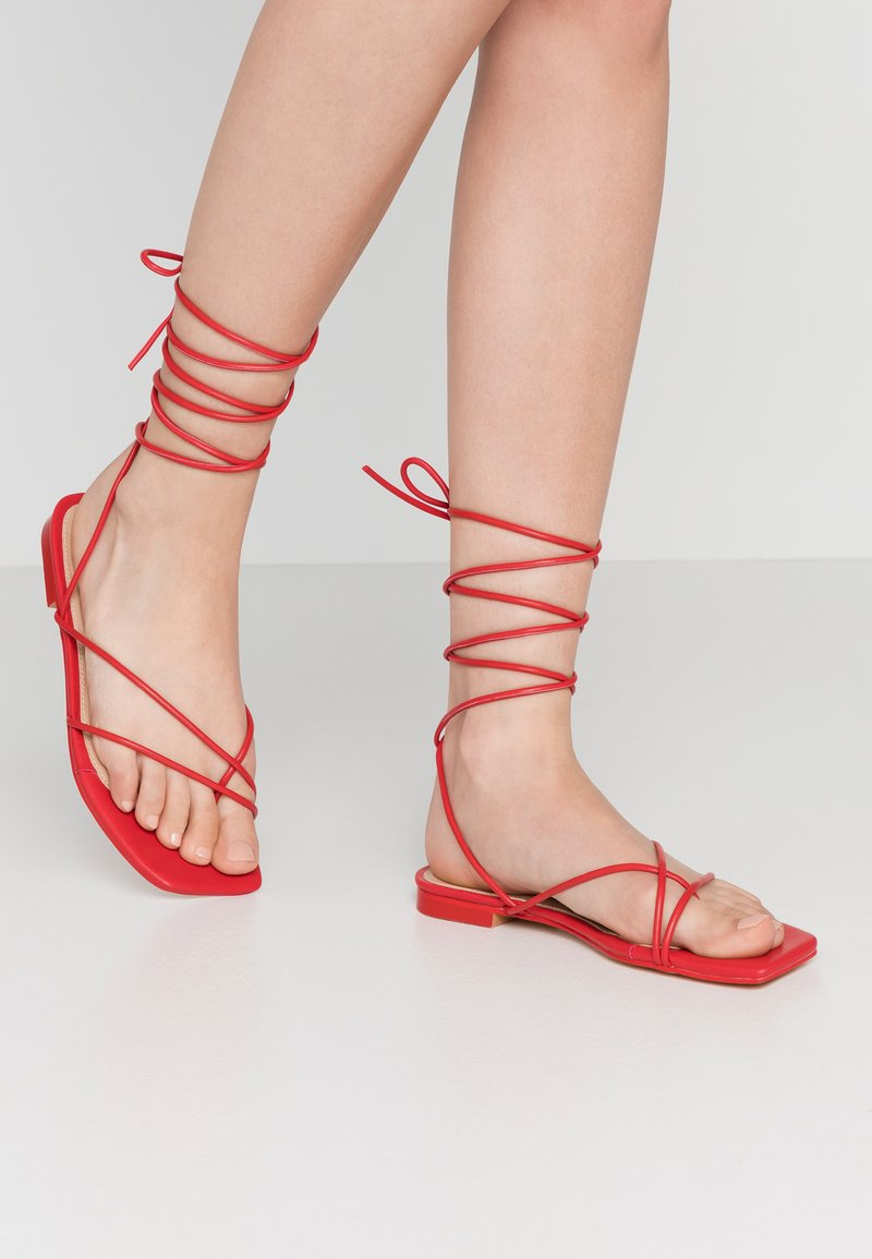 NA-KD - FLAT STRAP  - T-bar sandals - red